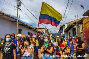 Santander de Quilichao protesta pacíficamente a pesar de la presión policial – Proclama del Cauca - Proclama del Cauca