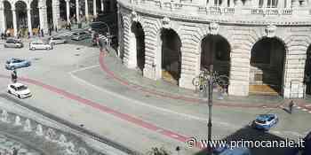 Allarme bomba a Genova, fatto brillare lo zainetto in piazza De Ferrari - Primocanale