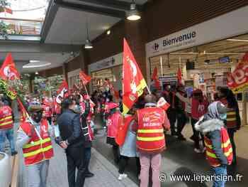 A Aubervilliers, les employés de Carrefour ne veulent pas être franchisés - Le Parisien