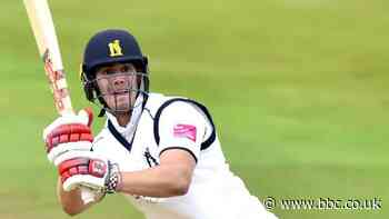 County Championship: Michael Burgess hits Warwickshire ton but Worcestershire fight back