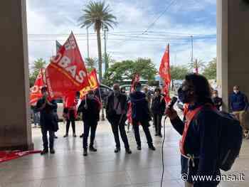 Scuola: sciopero e protesta Cobas a Cagliari contro Invalsi - Agenzia ANSA
