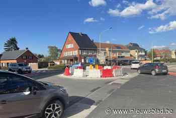 Verkeerslichten op druk kruispunt maken plaats voor proefrot... (Ieper) - Het Nieuwsblad
