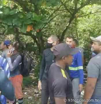 Avião de pequeno porte cai em área de manguezal do Bairro Atalaia - 93Notícias