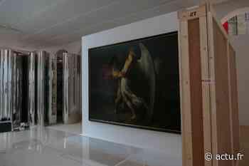 EN IMAGES. Deauville : aux Franciscaines, les œuvres de l'exposition inaugurale en plein accrochage - Le Pays d'Auge