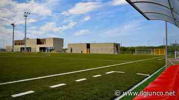 Maxischermo al Centro sportivo per vedere i playoff del Grifone, sulle maglie la frase dei tifosi - IlGiunco.net - IlGiunco.net