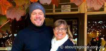 Hollywood star Matt Damon poses for a selfie with fan during visit to Jugiong - About Regional