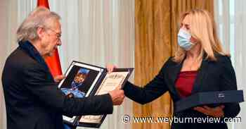 Bosnia Serbs honour controversial Nobel Literature winner - Weyburn Review