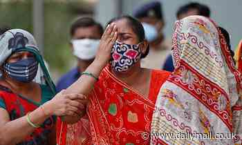 India's daily Covid death toll tops more than 4,000 for first time