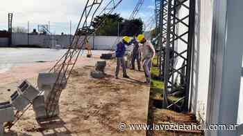Ferro avanza con el sueño de techar su playón polideportivo - La Voz de Tandil