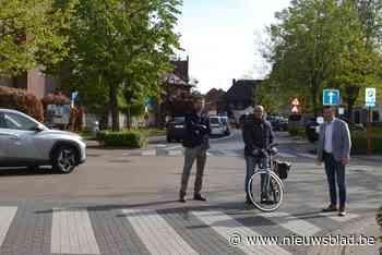 Werken die dorpskern verkeersveiliger moeten maken gaan van start - Het Nieuwsblad
