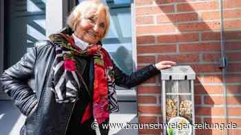 Kampf dem Tabakmüll: Eine Seniorin wird zur Kippenjägerin