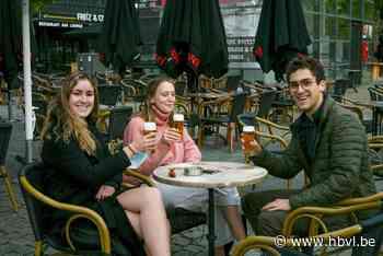 LIVE. Limburgse horeca opent opnieuw: de eerste pinten worden al geserveerd - Het Belang van Limburg