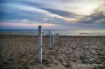 Spiagge pulite a Torvaianica: una domenica ecologica con Care the Oceans - Il Caffè.tv