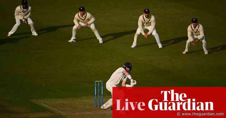 County cricket: Gloucs beat Middlesex, rain hits day three – as it happened