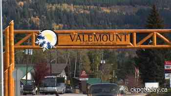 Mayor of Valemount says monitoring tourists challenging - CKPGToday.ca
