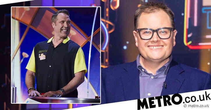 Alan Carr takes swipe at Meghan Markle on Epic Gameshow as David Seaman makes huge Kate Middleton gaffe