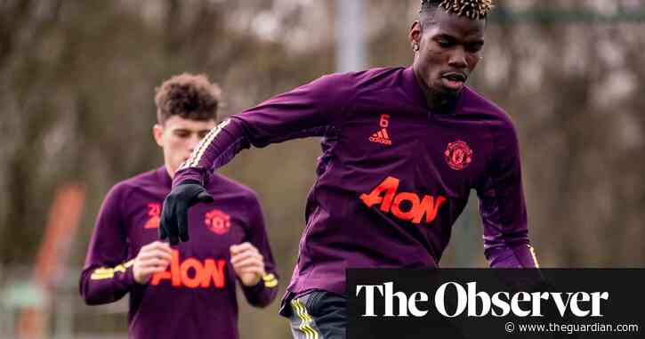 Manchester United lose £200m training kit deal over fans' anti-Glazers campaign