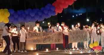 En Dagua realizan velatones en el paro nacional y piden que tumbe la reforma a la salud - Blu Radio