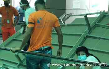 Se desprende cielo raso en el Aeropuerto de Tocumen, hay una persona herida - Panamá América