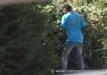 Si masturba davanti al campetto dei ragazzi - Toscana Media News