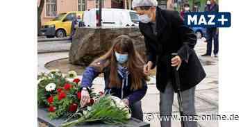 Gedenken in Kremmen zum Ende des Zweiten Weltkrieges – und Blumen für Anna Kolenko - Märkische Allgemeine Zeitung