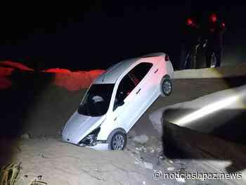 Accidente de tránsito en Jericó: vehículo termina dentro de un arroyo - Noticias La Paz