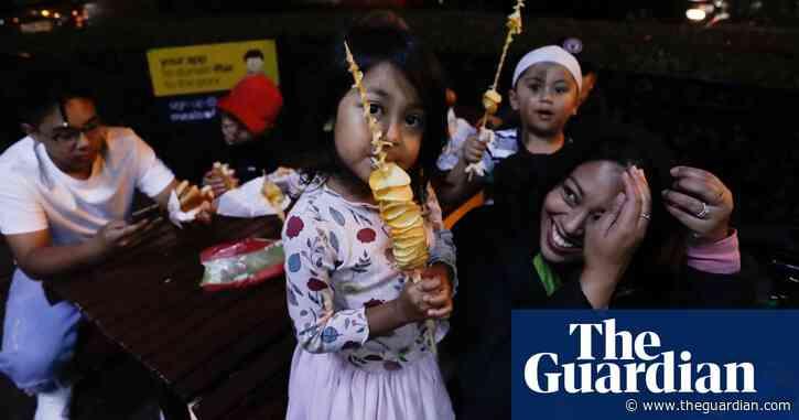 Ramadan night markets: Sydneysiders celebrate at Lakemba after sunset – photo essay