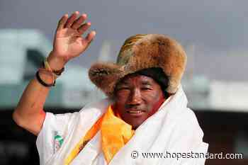 Sherpa guide scales Mount Everest for record 25th time – Hope Standard - Hope Standard