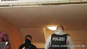 Markt Schwaben: Razzia in der Salafisten-Szene - Süddeutsche Zeitung