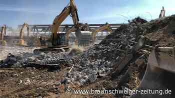 Abriss der Brücke an der A39 in Braunschweig