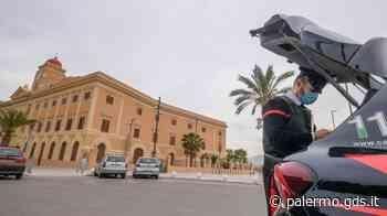 Primo maggio a Palermo, spiagge e parchi vuoti ma centro affollato: le foto dei controlli - Giornale di Sicilia