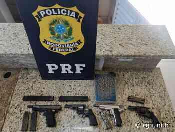 PRF de Santa Terezinha de Itaipu apreende duas pistolas, dois revólveres e seis carregadores em ônibus interestadual na BR-277 - CGN