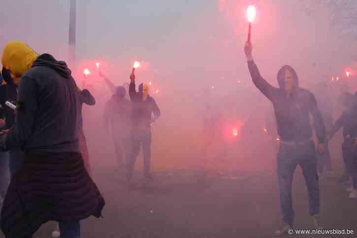 Misnoegde supporters Waasland-Beveren blokkeren poort stadion: twaalf supporters Seraing opgepakt