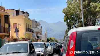Favorita chiusa, traffico in tilt a Palermo: lunghe code fino al cimitero dei Rotoli - Giornale di Sicilia