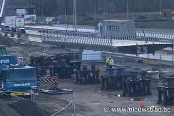 E34 volledig dicht in Waaslandhaven-Oost voor plaatsing van fietsbrug - Het Nieuwsblad