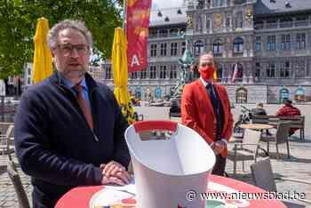 """Koen Kennis: """"Kom massaal terrasjes doen in Antwerpen, maar hou je aan de regels"""" - Het Nieuwsblad"""
