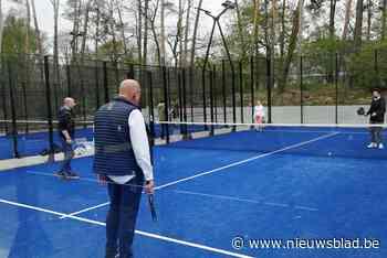 Den Bruul vervangt twee tennisbanen door vier padelvelden