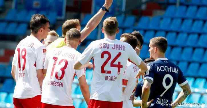 Eigentor und Rot: Regensburg verliert 1:5