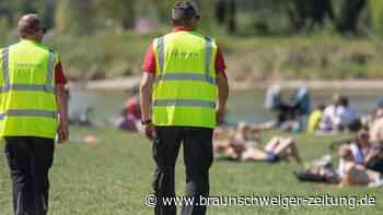 Randale im Englischen Garten: Münchner Polizei: 19 verletzte Beamte nach Einsatz in Park