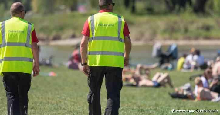 Münchner Polizei: 19 verletzte Beamte nach Einsatz in Park