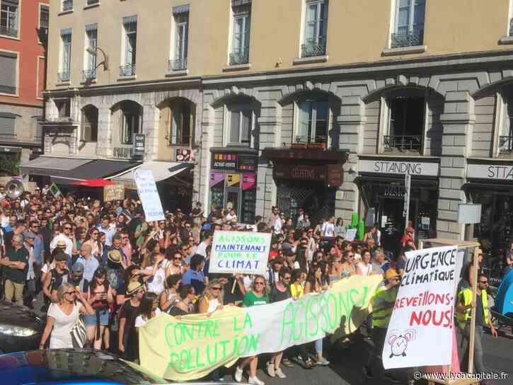 Lyon : la marche pour le climat s'élancera de la place Bellecour, à 14 heures - LyonCapitale.fr