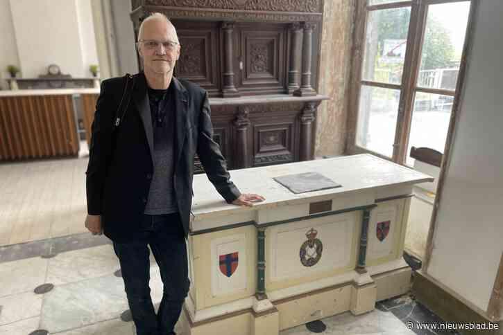"""Gepensioneerde Nederlander vindt na halve eeuw verloren gewaande 'Heilige Graal' van soldatenclub terug: """"Ik krijg er kriebels van"""""""