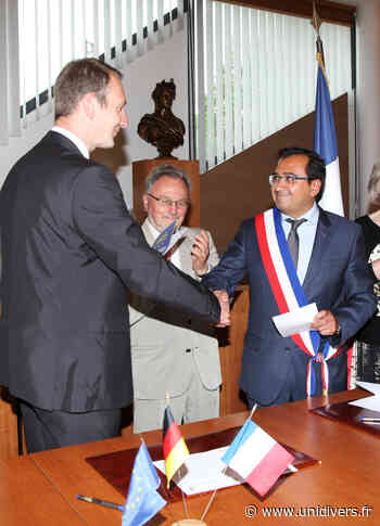 Visioconférence entre la Ville de Saint Jean de la Ruelle et la ville de Gommern – 25ème anniversaire de jumelage Saint Jean de la Ruelle samedi 8 mai 2021 - Unidivers