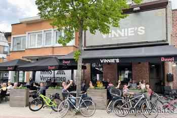 """Vinnie's in Putte: """"Café uitbaten is als fietsen: je verleert dat niet"""""""