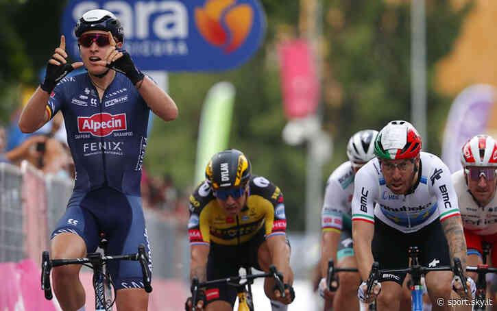 Giro d'Italia: Merlier vince la tappa di Novara, Ganna in rosa - Sky Sport