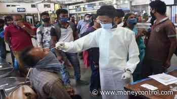 Maharashtra: Coronavirus cases drop below 50,000 after April 5; 572 die - Moneycontrol