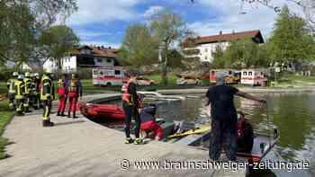 Probleme beim Start: Kleinflugzeug stürzt im Oberallgäu in Badesee