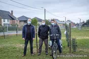 Proefopstelling om buurt te overtuigen bezwaar in te dienen tegen heraanleg voetweg 68 - Het Nieuwsblad
