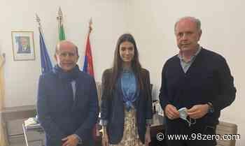 Il Regista Rai, Giuseppe Sciacca e Miss Italia 2020 in visita al Comune di Milazzo - 98Zero.com