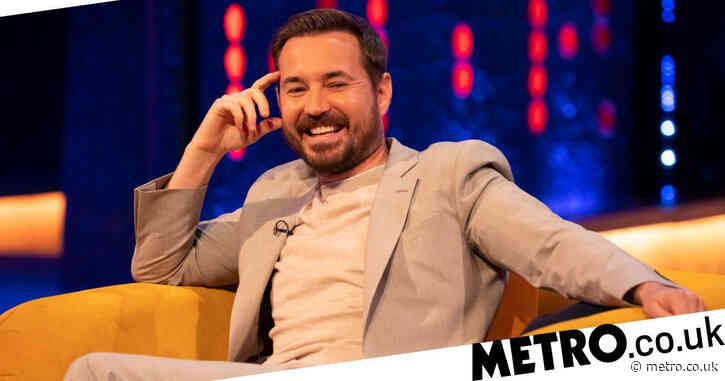 Line of Duty star Martin Compston treated to birthday surprise by fans in Edinburgh
